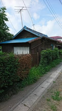 桶川市寿の解体工事を行いました。