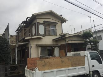 新座市菅沢の解体工事を行いました。