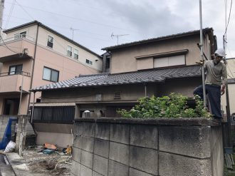 江戸川区松島の解体工事を行いました。