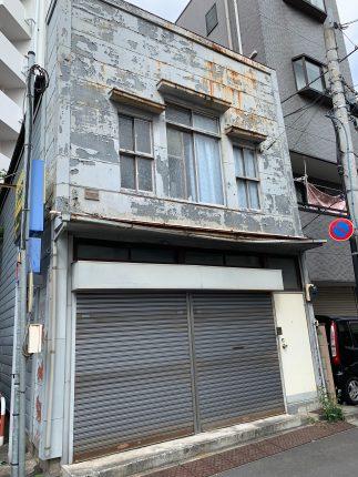 新宿区西早稲田の解体工事を行いました。