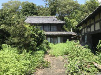 川島町畑中の解体工事を行いました。