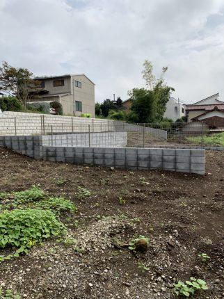 所沢市下安松のブロック撤去工事を行いました。
